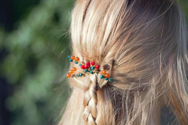 Hand made mini hair comb from green, orange and red crystals