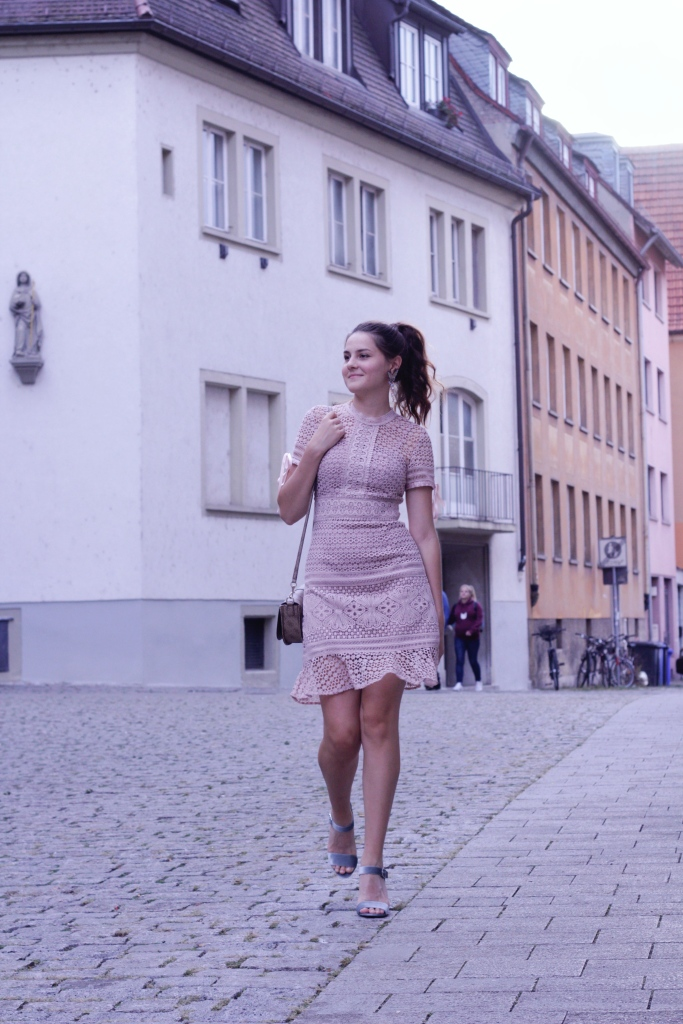 Light pink Chichi dress