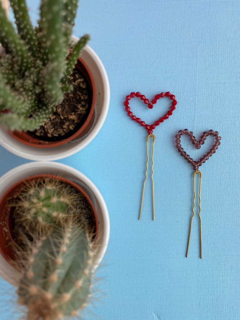 DIY Hairpin from beads shaped like a heart